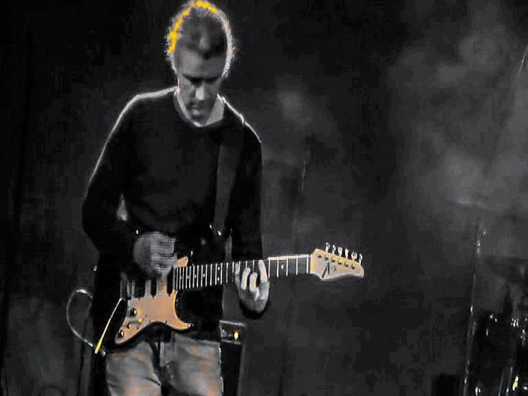 Markus Holz , Gitarrist und Musiker, Fine Art of Guitar, E-Gitarre, Akustikgitarre, Rock, Country, Soul, Fusion, CompingStyle, ClassicEtudes, Gitarrenunterricht, Trier-Saarburg, www.FineArtofGuitar.com